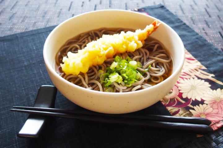 ライブ料理 海老天麩羅蕎麦